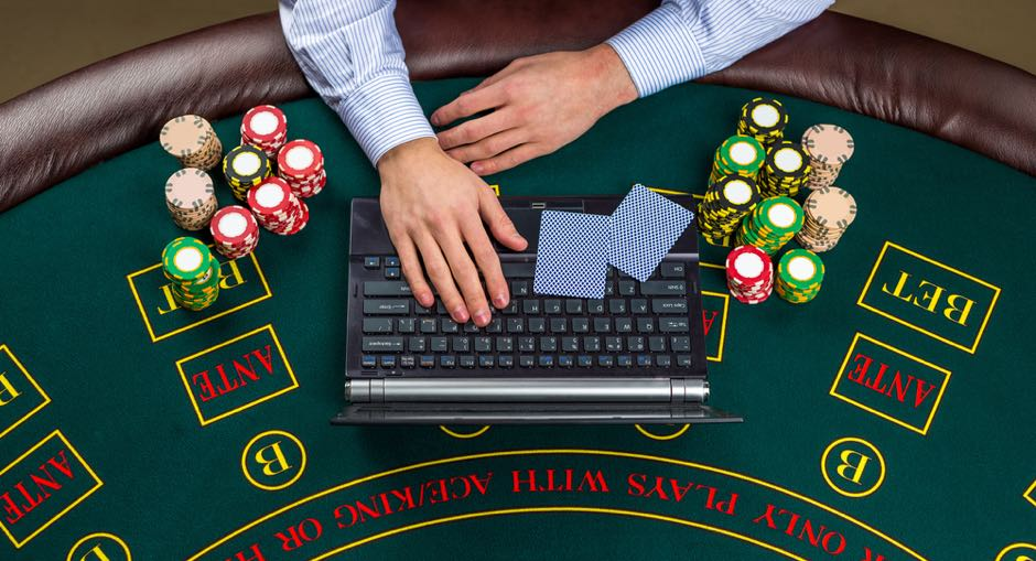 Best Laptop For Online Poker